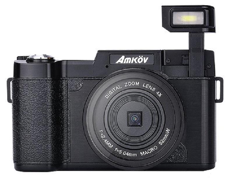 Аппарат Amkov CDR2 24MP 1080P 4X оснащен экраном