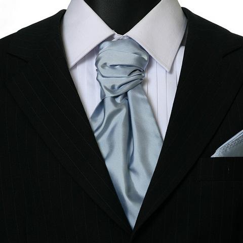 Как построить интересный образ на основе классической рубашки