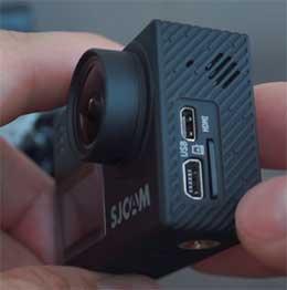 Емкость аккумулятора увеличилась на 100 миллиампер часов по сравнению с предыдущей версией. К сожалению, предыдущие аккумуляторные батареи не подходят к камере SJCAM SJ6.
