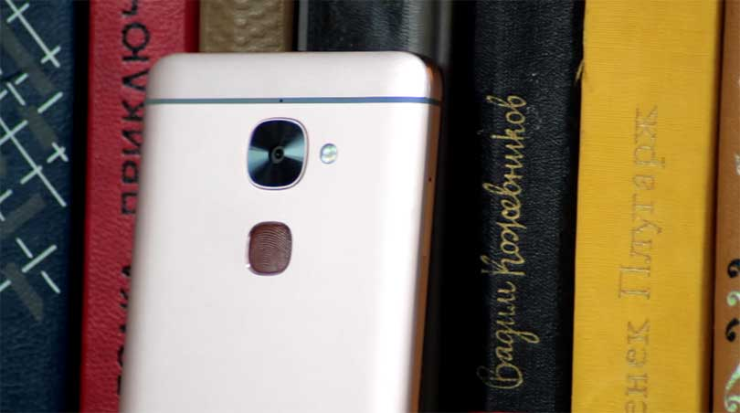 Внешний вид смартфона LeEco Le 2 X620 вполне себе годный, подкачал только цвет (розовое золото) в дальнейшем в продаже, конечно, появятся золотой и серый корпусы.