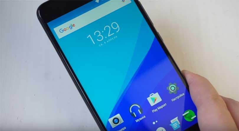 На телефоне UMIDIGI Z PRO установлен ЦАП. Это Hi-Fi FX TNA 9890, что является хорошим показателем. Толщина устройства 8.2 миллиметра. Вес - 175 грамм.
