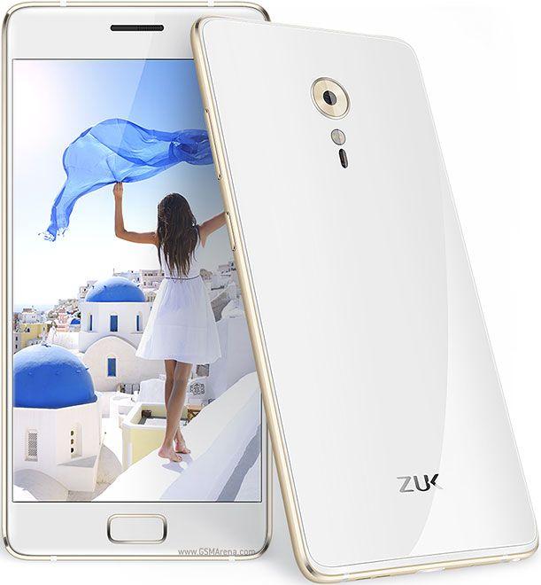 В комплекте с телефоном поставляется скрин-протектор, силиконовый чехол, сам телефон ZUK Z2 Pro. Вытащив его из коробки не сразу можно понять, по крайней мере визуально, чем же он отличается от Ми5.