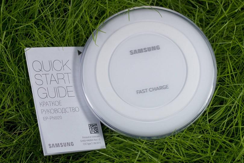 Беспроводная зарядка Samsung Galaxy S7 быстро заряжает