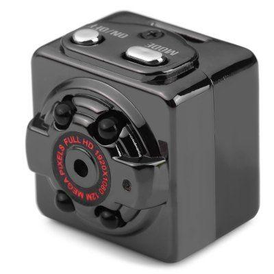 Full HD в камере SQ8 который обещает разработчик, на самом деле, более низкого качества, к тому же со скоростью всего лишь 15 кадров в секунду. Однако можно снимать в разрешении 720 точек.